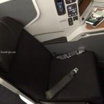[2014/OCT] AA 137 DFW-HKG 新商務艙體驗
